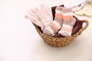橋本病の冷え防止に必要な靴下と手袋
