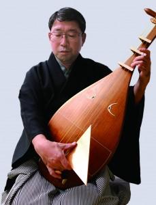 鍼でへバーデン結節が治り琵琶が弾けるようになった人